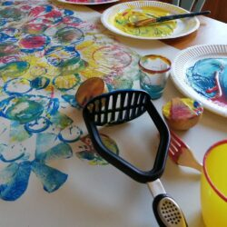 rainy day ideas to do at home with kids - printing